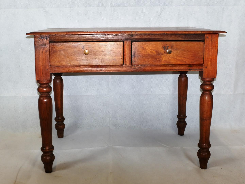 Arredamento Etnico Indiano : Vecchio tavolino da salotto in teak arredamento etnico indiano