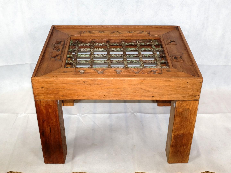 Tavolino da salotto da antica grata in teak e ferro - Tavolino salotto etnico ...
