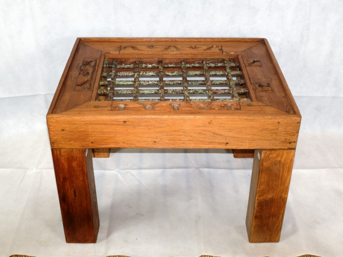 Tavolino Da Salotto Etnico.Tavolino Da Salotto Da Antica Grata In Teak E Ferro Battuto Arredamento Etnico 0339 Leon D Oro