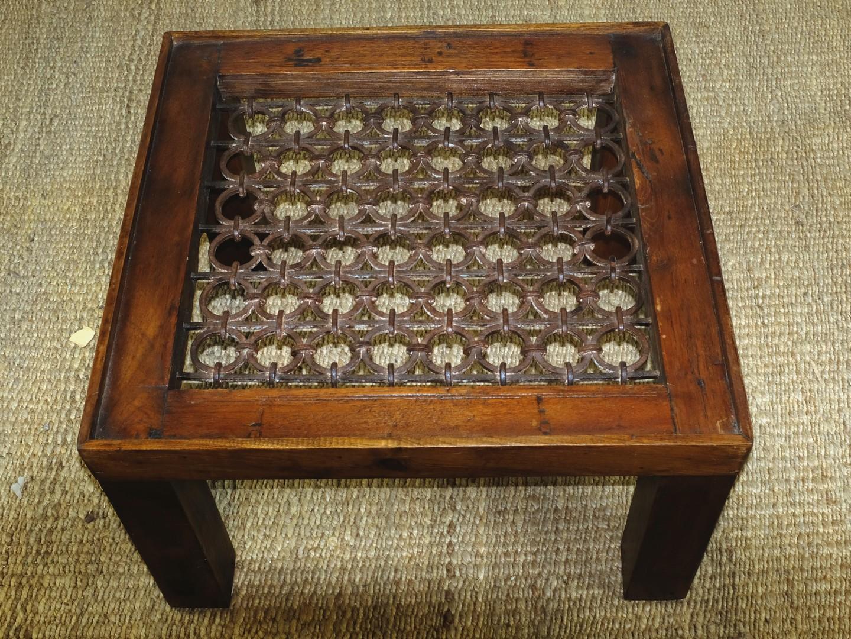 Tavolini In Vetro E Ferro Battuto : Tavolino da salotto da antica grata in teak e ferro battuto